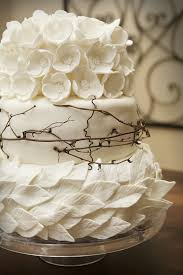 Rustic Chic White Wedding Cake Ideas