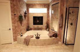 25 badezimmer designs mit einbaukaminen romantische atmosphäre