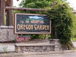 Oregon Garden offers eclipse camping decides not to expand offerings