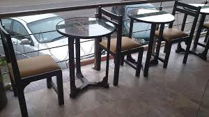 Cafe And Restaurant Dining Table In Lahore With Glass Top