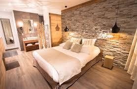 hotel et dans la chambre chambre hôtel chambéry centre chalet hôtel des princes