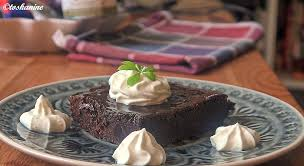 cola kuchen mit waldmeister sahne