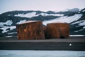 100 Antarctica House Protecting The South Sandwich Islands Lewis Pugh Achieving The