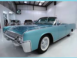 1961 Lincoln Continental | NotoriousLuxury Used 2002 Lincoln Town Car Parts Cars Trucks Northern New 2018 Suvs Best New Cars For Denver And In Co Family Recall Central 19972004 Ford F150 71999 F250 46 Best Lincoln Dealer Images On Pinterest Lincoln Top Louisville Ky Oxmoor Tristparts 2019 Mark Lt Mexico Seytandcolourcars 1958 Pmiere Coupe Pickup 2015 Mkx Base Suv Hanover Pa Near 17331