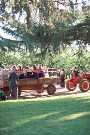 Minges Pumpkin Festival 2014 by 16 Best Hay Wagons Images On Pinterest Amish Pennsylvania And