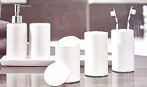 bad accessoires badezimmer set keramik 6 teilig weiß spender