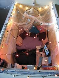 Office Cubicle Christmas Decorating Ideas by 20 Creative Diy Cubicle Decorating Ideas Hative