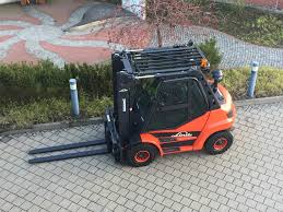 File:Linde H60 Gabelstapler.jpg - Wikimedia Commons Forklift Gabelstapler Linde H35t H35 T H 35t 393 2006 For Sale Used Diesel Forklift Linde H70d02 E1x353n00291 Fuchiyama Coltd Reach Forklift Trucks Reset Productivity Benchmarks Maintenance Repair From Material Handling H20 Exterior And Interior In 3d Youtube Hire Series 394 H40h50 Engine Forklift Spare Parts Catalog R16 Reach Electric Truck H50 D Amazing Rc Model At Work Scale 116 Electric Truck E20 E35 R Fork Lift Truck 2014 Parts Manual