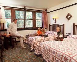 chambre standard sequoia lodge disney hotels sequoia lodge standard room disneyland