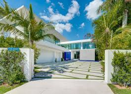 100 Million Dollar Beach Homes Properties In 2019 The Beach House Miami Houses Miami Beach Miami