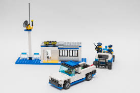 Alternate Models Challenge - 60044 Mobile Police Unit - LEGO Town ... Lego 3221 City Truck Complete With Itructions 1600 Mobile Command Center 60139 Police Boat 4012 Lego Itructions Bontoyscom Police 6471 Classic Legocom Us Moc Hlights Page 36 Building Brpicker Surveillance Squad 6348 2016 Fire Ladder 60107 Video Dailymotion Racing Bike Transporter 2017 Tagged Car Brickset Set Guide And