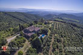100 Stunning Views Umbria HAMLET WITH STUNNING VIEWS OVER THE HILLS FOR SALE IN MARSCIANO UMBRIA A Luxury ResidenceApartment For Sale In Marsciano Perugia Property