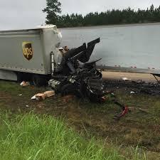 100 Ups Truck Accident ChainReaction Crash Destroys Three Semi S One Driver Dead