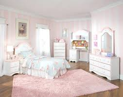 Girly Bedroom Decor Pink Cute Design For Girl With Inspirations Gallery Stripped Decorating A Very Small