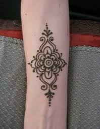 The 25 Best Mehndi Tattoo Ideas On Pinterest