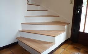 rénover un escalier en béton le du bois