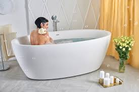 Sinking In The Bathtub Youtube by Aquatica Sensuality Wht Freestanding Solid Surface Bathtub
