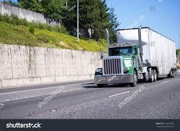 100 Semi Truck Exhaust Green Classic Big Rig Stock Photo Edit Now 716051890
