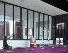 cuisine en verre optez pour un espace cuisine personnalisé