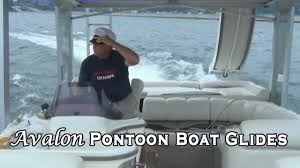 Pontoon Boat Sinks Nj by Pontoon Boats Rough Water Youtube