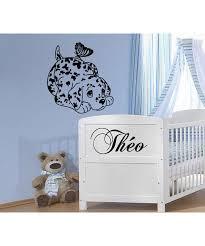 sticker mural chambre bébé sticker mural chambre enfant chien papillon et prénom personnalisé