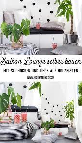 balkon lounge selber bauen aus holzkisten und seilhocker