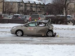 Collision Shuts Down Busy Intersection - Winnipeg Free Press