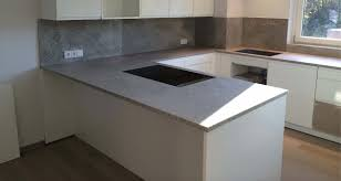 küchenarbeitsplatten aus naturstein keramik oder kunststein