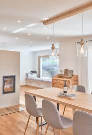 esszimmer kamin modernes landhaus design innen weberhaus