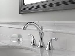 Delta Lahara Faucet Champagne Bronze by Faucet Com 3592lf Cz In Champagne Bronze By Delta