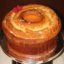 Helen s Famous Louisiana Crunch Cake 9