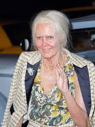Heidi Klum Halloween 2014 by Heidi Klum Dresses As Elderly Woman Wins Halloween The
