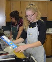 100 Truck Specialties Students Serving Up Food Truck Specialties Local News
