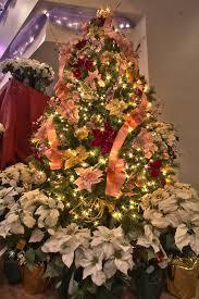Main 9 Foot Christmas Tree