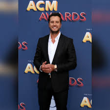100 Luke Bryan We Rode In Trucks Lashes Out At His Music Critics Pick Another Artist