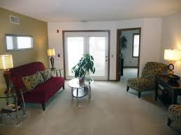 100 Forest House Apartments Run Madison WI From 1200 Per Month