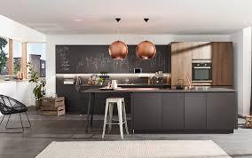 die schwarze küche eleganter trend der küchenwelt