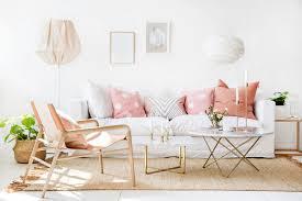 hygge wohnen 10 tipps für dänische gemütlichkeit im wohnzimmer