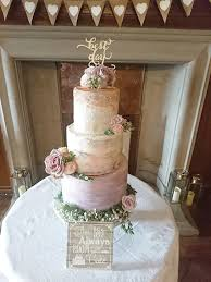 Here We Have Mixed Tiers Of Buttercream And Sugarpaste For A Beautiful Rustic Style At