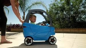 Little Tikes Cozy Coupe Sport - YouTube