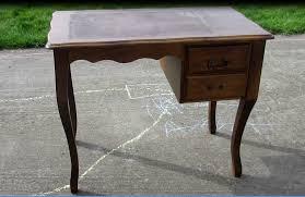 m bureau enfant comment transformer un ancien bureau en bureau d enfant
