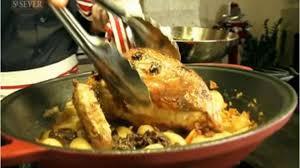 cuisiner le chapon comment cuisiner un chapon de pintade enrobé de magret fumé
