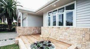 100 Modern Stone Walls Trendspotter The Hamptons Look Gets A Modern Twist Scyon