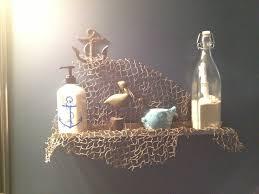 Beach Hut Themed Bathroom Accessories by Cute Shelf Decor For A Nautical Bathroom Make Sure You Put A Real