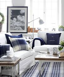 Red And Taupe Living Room Ideas by Best 25 Navy Family Rooms Ideas On Pinterest Black Grey Living
