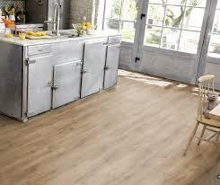 vinylboden in küche was spricht für vinyl statt fliesen