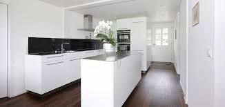 küche weiss und schwarz emme die schweizer küche
