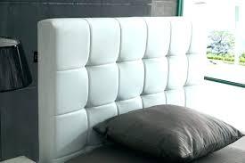 chambre avec tete de lit capitonn lit avec tete de lit capitonnee tete lit capitonnee lit avec tete de