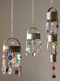 2 Wind Chimes Realized With Colorful Rocks And Metal Kitchen Items 30 Simple Beautiful DIY Ideas