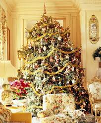 Flocked Artificial Christmas Trees Sale by Best 25 Artificial Christmas Tree Sale Ideas On Pinterest